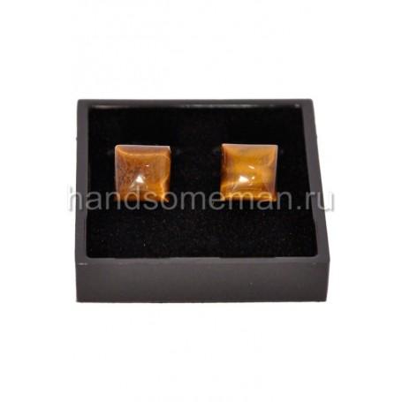 Запонки с отделкой под янтарь. 830